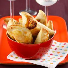 Découvrez la recette Empanadas de bœuf à la mexicaine pour l'apéro sur cuisineactuelle.fr.