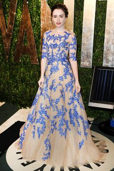 Lily Collins stunned in a straight-off-the-runway Monique Lhullier gown at Vanity Fair's Oscar After-Party.
