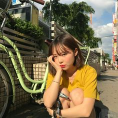 17 Ideas fashion minimalist jewellery for 2019 Korean Ulzzang, Korean Girl, Asian Girl, Ullzang Girls, Cute Girls, Aesthetic Girl, Mellow Yellow, Hair Looks, Asian Beauty