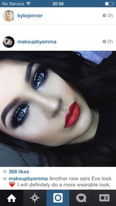 Smokey eyes / red lips