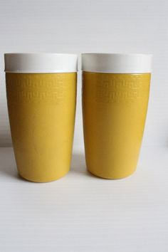 THERM 0 WARE Insulated Cup, Vintage insulated cup, Vintage Pair tumblers, Poolside cups, cups for summer, Harvest gold insulated cups