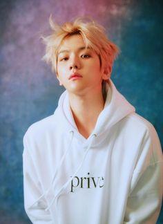 "(ARTICLE) 180506 Introducing Privé by BBH, a Unisex Streetwear Label From EXO's Baekhyun: Exclusive "" It's hard to overstate the power of Baekhyun. The multi-talented singer and dancer, who first. Baekhyun Selca, Baekhyun Chanyeol, Exo Kai, Park Chanyeol, Kpop Exo, Taekook, Baekhyun Photoshoot, Vogue Photoshoot, K Pop"