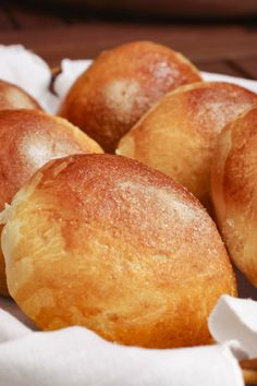 Artisan Bread Recipes, Pan Bread, Portuguese Recipes, Small Cake, Dessert Recipes, Desserts, Sweet Bread, Chocolate, Food And Drink