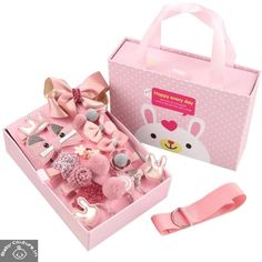 This Ziory Multi-Styled Hair Accessory 18 Piece Set has all the possible hair accessories for everyday use. Add these to your baby girl's wardrobe that she never falls short of styles.
