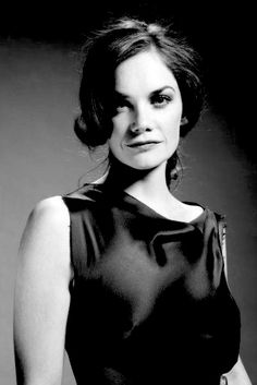 Jane Eyre, Luther, Hollywood Actresses, Actors & Actresses, Ruth Wilson, A Wrinkle In Time, Female Images, Movie Stars, Beautiful Women