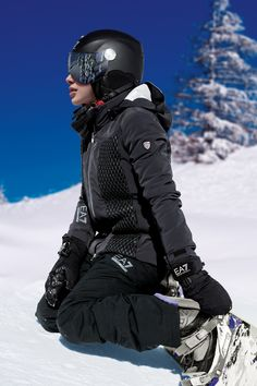 Get ready to carve your way down the slopes stylishly this ski season with EA7! See the new Fall/Winter snow collection offering on Armani.com/EA7