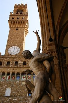 Piazza della Signoria e Palazzo Vecchio, Florença, Itália Italy Pictures, World Pictures, Florence Tuscany, Italy Holidays, Verona, Italy Travel, Renaissance, Beautiful Places, Places To Visit
