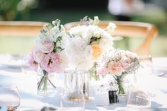 Domaine des Andeols in the South of France - Yana & Stephen - flower centrepieces