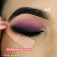 "So cool! History of eye makeup ""Eye care"", in other words, ""eye make-up"" happens to Fancy Makeup, Makeup Eye Looks, Purple Eye Makeup, Glamour Makeup, Eye Makeup Steps, Beautiful Eye Makeup, Makeup Tips Eyeshadow, Eyebrow Makeup, Skin Makeup"