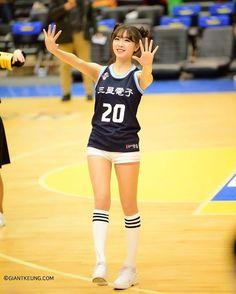 #삼성썬더스 #치어리더 #안지현 #얼스타그램 #스타일 #인물사진 #거대킁 #beauty #pretty #bonita #kirei  #korea #gorgeous #celebrity #beautiful #cute #cheerleader #portrait #nikond750 http://tipsrazzi.com/ipost/1518520427704808877/?code=BUS3kiVhPWt