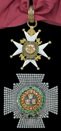 Order of the Bath, K.C.B. (Military) Knight Commander's set of insignia; neck badge, hallmarked London 1814, mark 'IE' for John Edwards, and breast star by Hamlet , circa 1815, 78mm dia.