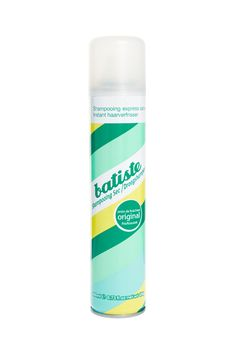 Batiste Dry Shampoo Original Clean & Classic, try this great and classic dry shampoo that helps your hair to get a fresh and clean look. Batiste Dry Shampoo, Hair Shampoo, Waterless Shampoo, Good Dry Shampoo, Date Night Makeup, Top Stylist, Best Shampoos, Hair Care Tips, Dry Hair