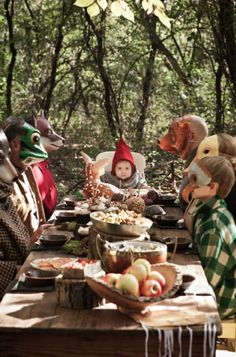 Woodland Party #picnic #party #masks #animals #gnome #deer