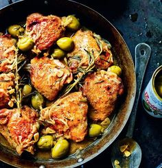 This recipe for braised chicken with Spanish olives from Omar Allibhoy's Tapas Revolution is an absolute classic in our household. It's a colourful, flavoursome dish that the whole family loves coming home to. Tofu Dukan, Spanish Dishes, Spanish Recipes, Spanish Food, Spanish Tapas, Mexican Recipes, Spanish Olives, Pollo Guisado, Midweek Meals