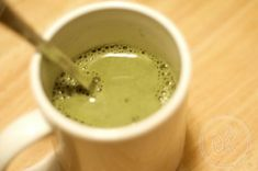Zelený čaj s mlékem je osvědčený nástroj, jak se zbavit extra kilogramů. Tento jedinečný nápoj dokonale zaplňuje hlad, a obsahuje malé množství kalorií. Má překvapivý výsledek. Zelený čaj má pozitivní účinek na tělo, zlepšuje trávení, odstraňuje z těla toxiny. Přidáním do zeleného čaje mléko snižuje chuť k jídlu, co dělá tento nápoj nepostradatelným pro ty,…