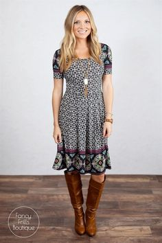 Bring on Fall and Winter with this perfect print A line dress! You'll want to wear this one everyday! It's perfect for a day of errands, at work, dressed up on the town, or just any day of fun. Dress it up with your favorite heels or boots to wear around town. The material is so comfortable and sure to be your favorite. Runs true to size. Hits right below the knee!SIZESSmall 0-4Medium 4-8Large 8-12X Large 10-14Model is wearing a size small. Fits true to size.