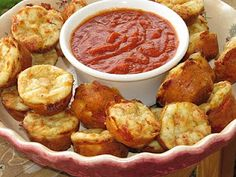 Pizza Puffs - Crumbs and Chaos subtract pepperoni, add more cheese, flax egg for j Recipes Appetizers And Snacks, Snack Recipes, Appetizer Ideas, Party Snacks, Muffin Recipes, Desserts, Pepperoni Pizza Puffs, Great Recipes, Favorite Recipes