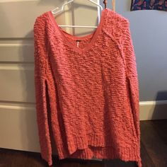 Free People Pink Sweater In great condition, just not my color. Really comfy. Free People Sweaters V-Necks