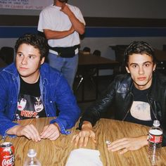 Seth Rogen and James Franco on the set of Freaks and Geeks