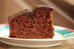 Aprenda a fazer bolo de batata-doce chocolate e nozes