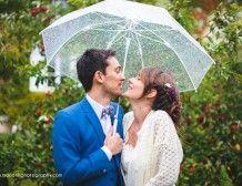 Avoir un parapluie transparent (au min 1) pour les fotos en cas de pluie