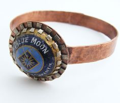 Upcycled Blue Moon Bracelet Metal Jewelry, Jewelry Art, Unique Jewelry, Handmade Jewelry, Jewellery, Bottle Top Crafts, Diy Jewelry Inspiration, Mixed Metals, Blue Moon