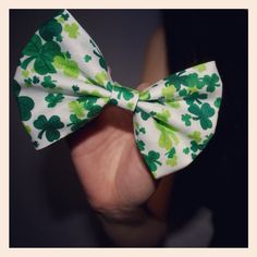 Happy St. Patrick's Day everyone!!!:) you can get this bow in my Etsy shop! The link is in my bio!