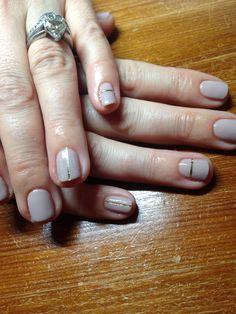Field fox gold stripe kinda day #nails #beautybyelle #shellac #fieldfox #cnd