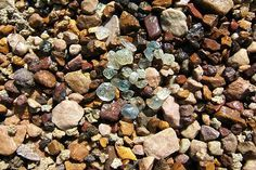 Gem Mountain Montana Sapphire Gravel ~ I need to go back just to look for sapphires! Mineral Chart, Gem Hunt, Cool Rocks, Beautiful Rocks, Beautiful Places, Rock Hunting, Rocks And Gems, Natural Sapphire, Crystals And Gemstones