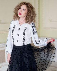 IE TRADITIONALA ROMANEASCA - Motivul Regina Noptii Cos, Bell Sleeve Top, Women's Fashion, Queen, Traditional, Night, Blouse, Floral, Pattern
