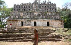 ¡Recorre #Yucatan y descubre los más asombrosos misterios de la cultura maya! En #Mexico se encuentran asombrosos sitios arqueológicos para recorrerlos y admirarlos. http://www.bestday.com.mx/Yucatan/ReservaHoteles/