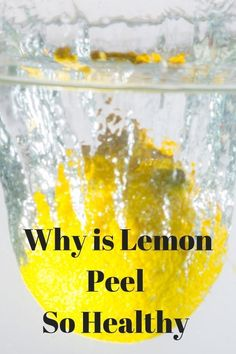 Lemon Peel vs Lemon Water, which is better ? Discover some interesting and overlooked benefits to eating lemon peel by either zesting or through Mediterranean-style juicing. Check it out via nutritionyoucan I Lemon Water Before Bed, Warm Lemon Water, Lemon Water Health Benefits, Lemon Benefits, Drinking Lemon Juice, Citrus Juice, Eating Lemons, Boil Lemons, Lemon Uses