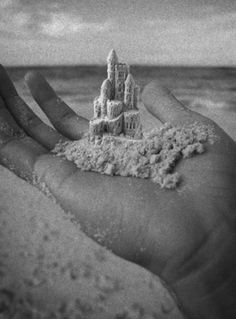 It is bad to build castles in the sand... the north will make it remnants and pieces.... soutien..
