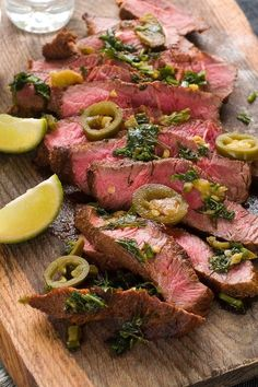Weight Watchers Grilled Jalapeno Lime Steak Recipe with garlic, lime juice, and oregano. An easy recipe with an overnight marinade for a tasty southwestern flavor. This tex-mex meal will be a favorite. 4 WW Freestyle Points and 5 Smart Points. Garlic Recipes, Steak Recipes, Cooking Recipes, Grilling Recipes, Seafood Recipes, Carne Asada, Low Calorie Recipes, Healthy Recipes, Easy Recipes