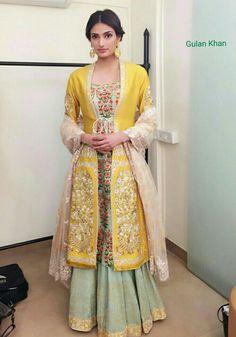 Exotic Indian Beauty - Athiya Shetty in Anju Modi Indian Gowns, Indian Attire, Indian Wear, Indian Style, Stylish Dresses, Casual Dresses, Fashion Dresses, Pakistani Outfits, Indian Outfits