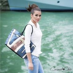 #casualandchic Yes we can and Yes weekend! 👏🏼👏🏼👌🏼Have an awesome saturday❤ #casualandchic #casual #saturday #instafashion #fashion #weekend #live #laugh #love #jeans #totebag #blue