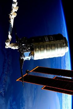 Final Goodbye to Cygnus Deke Slayton, Scott Kelly, Final Goodbye, Other Galaxies, Our Planet Earth, Sunflower Wallpaper, International Space Station, February 19, Earth From Space