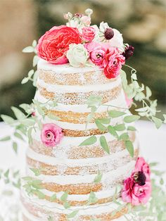 Naked and Unfrosted Wedding Cakes
