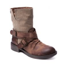 Shop for Womens Roxy Storm Boot in Tan at Shi by Journeys. Shop today for the hottest brands in womens shoes at Journeys.com.