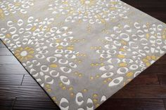 another pretty grey/yellow rug