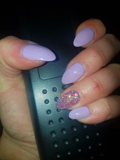 spring purple nails pastel lilac
