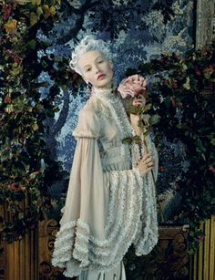 ✿⊱╮flower lady fashion photography Juan Gatti - Photos - VOGUE SPAIN - Maria Antonieta | Michele Filomeno