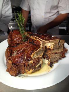 T-bone Steak, cheese, eggs and Welches Grape. Carne Asada, I Love Food, Good Food, Yummy Food, Meat Recipes, Cooking Recipes, Comida Keto, T Bone Steak, Juicy Steak