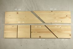 Tutorial: making a wall corner shelf Corner Wall Shelves, Pallet Shelves, Woodworking Wood, Wood Turning, Bamboo Cutting Board, Small Bathroom, Wood Projects, Entryway Tables, Angles