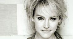 Wende (Wende Snijders) (October 10, 1978) Dutch singer.