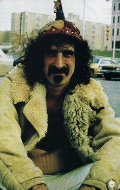 Frank Zappa                                                                                                                                                                                 Plus