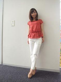 White Jeans, Capri Pants, Fashion, Moda, Capri Trousers, Fashion Styles, Fashion Illustrations