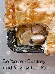 A delicious turkey and vegetable pie that makes use of all of your Christmas leftovers. Leftovers Recipes, Turkey Recipes, Kinds Of Pie, British Dishes, Vegetable Pie, Roast Dinner, Leftover Turkey, Christmas Pudding, Roasted Turkey