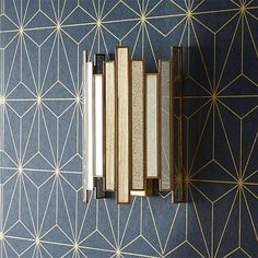 """Wonderful Cost-Free Vintage Style Art Deco Mercurised Glass Wall Light - Light Art Style """"The Golden – what appears like pomp and luxurious is connected with lavish life style, Applique Art Deco, Motif Art Deco, Art Deco Design, Wall Design, Design Design, Design Elements, Art Deco Stil, Modern Art Deco, Light Art"""