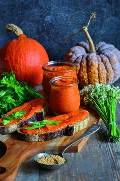 LUBUSKA MUSZTARDA DYNIOWA Carrots, Vegan Recipes, Vegetables, Food, Hokkaido, Vegane Rezepte, Essen, Carrot, Vegetable Recipes